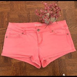 🥈Hot Pink Jean Shorts!💖